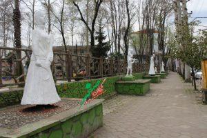 مجسمه فومن +کرونا