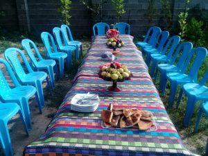 شیرینی میز خالی