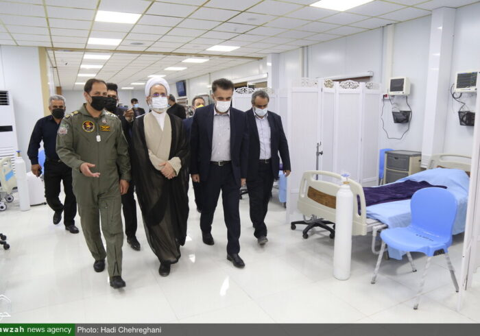 بازدید آیت الله اعرافی از بیمارستان تنفسی شهدای ارتش قم