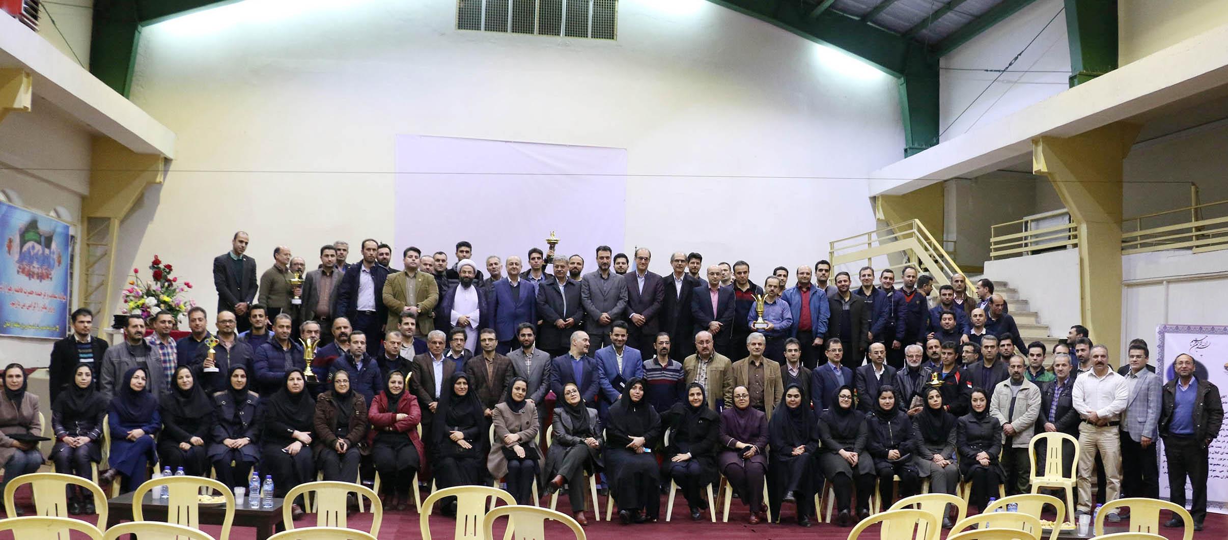اختتامیه جشنواره مسابقات ورزشی بزرگداشت دهه مبارک فجر در برق منطقه ای گیلان برگزار شد.