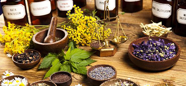 هشدار دانشگاه علوم پزشکی گیلان به شهروندان در خصوص استفاده از طب سنتی