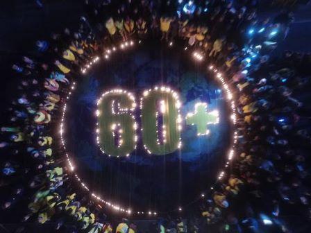 """مراسم جهانی""""ساعت زمین""""خاموش کردن چراغ های اصلی،حفاظت از کره زمین و کاهش مصرف سوخت های فسیلی است"""