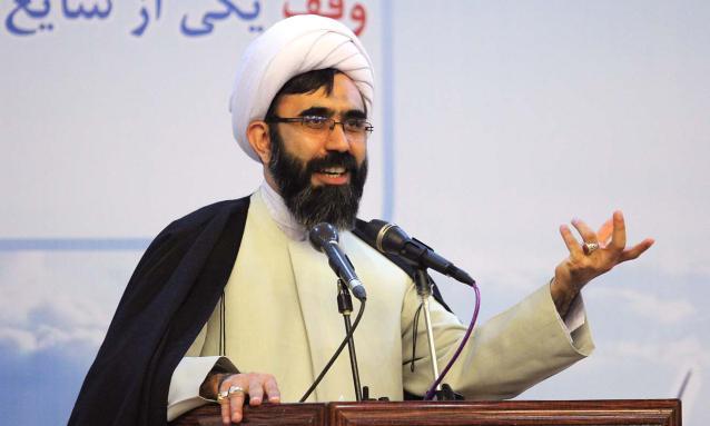 برای رفع آسیبهای اجتماعی نباید کار مسکّنی انجام داد/نهضت قرآنی در وقف کشور مستلزم حمایت فعالان قرآنی است