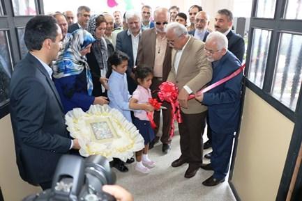 مدرسه ۱۵ کلاسه خیّری شهرستان بندر انزلی افتتاح شد