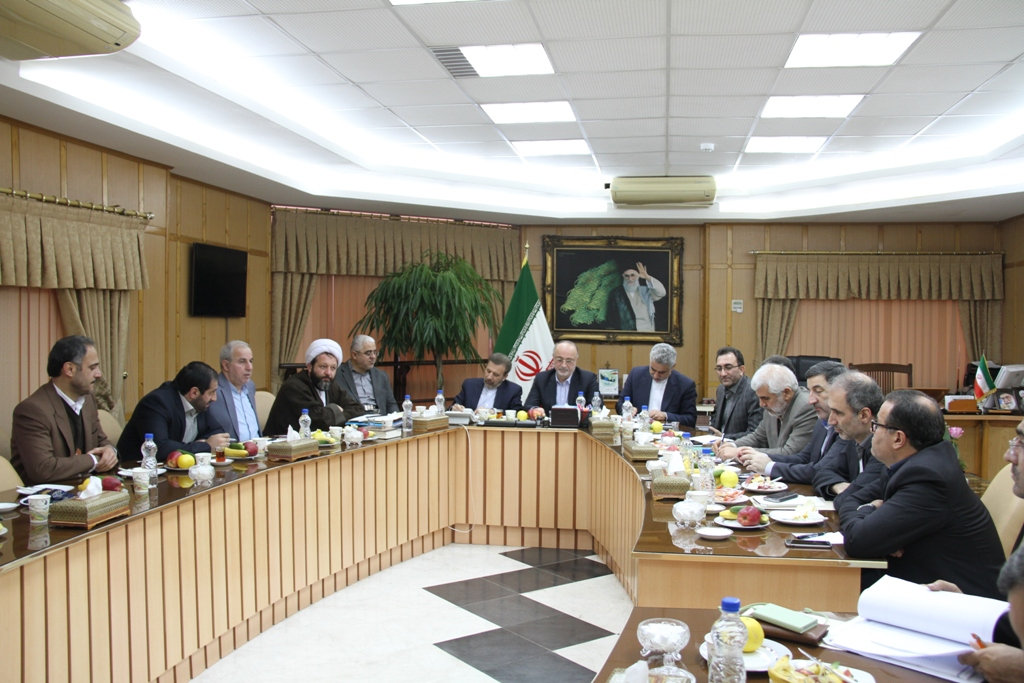 وزیر ارتباطات و فناوری اطلاعات به عنوان نماینده دولت و رئیس جمهوردرگیلان حضور یافت