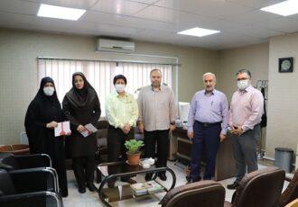 اهدای جوایز برگزیدگان مسابقات قرآن و نهج البلاغه مخابرات منطقه گیلان