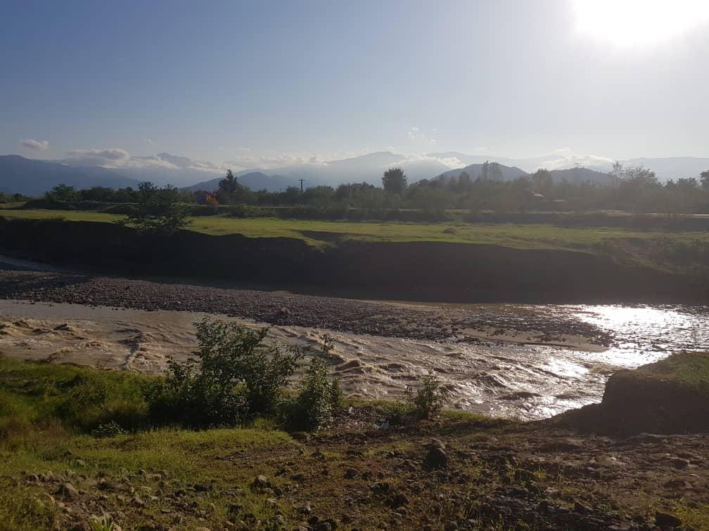 پرهیز از نزدیک شدن به حریم رودخانه ها و تاسیسات آبی استان