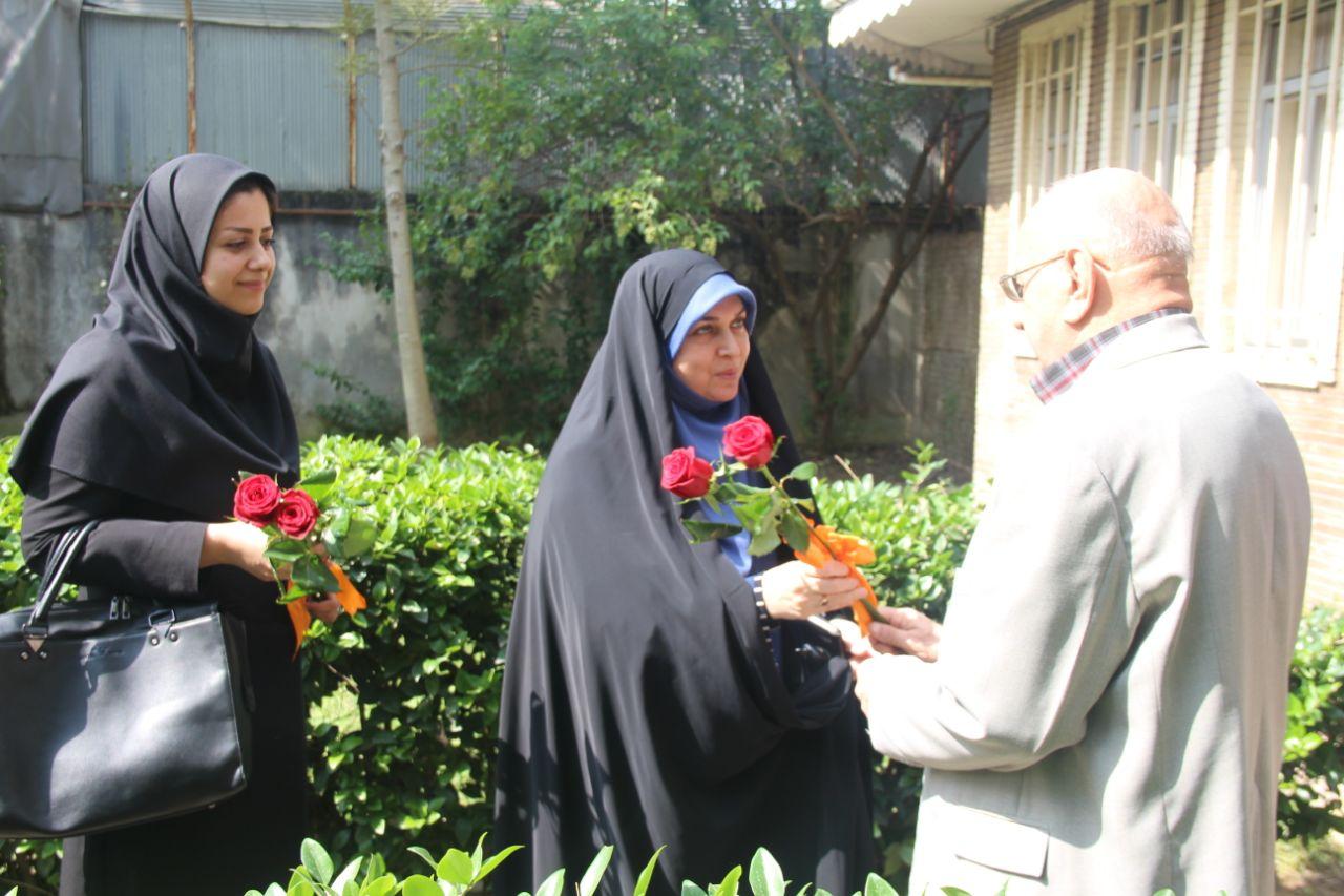 دیدار عضو شورای اسلامی شهر رشت با اعضای کانون بازنشستگان شهرداری
