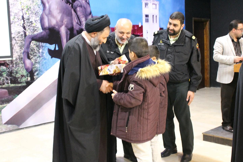 جشن چهل سالگی انقلاب اسلامی با حضور خانواده کارکنان ستاد انتظامی گیلان برگزار شد