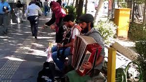 برخورد با نوازندههای خیابانی در شب شهادت امام عسکری (ع)
