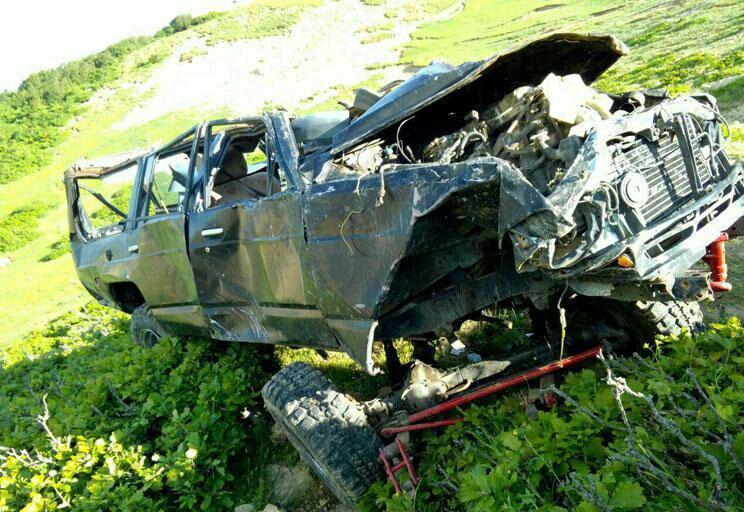 در سقوط خودرو آفرود به دره در ییلاقات تولاب بره ویسرود شهرستان شفت  ۴ جوان جان باختند.